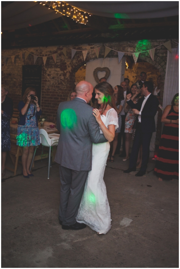jacyln-tim-yorkshire-barn-wedding-12