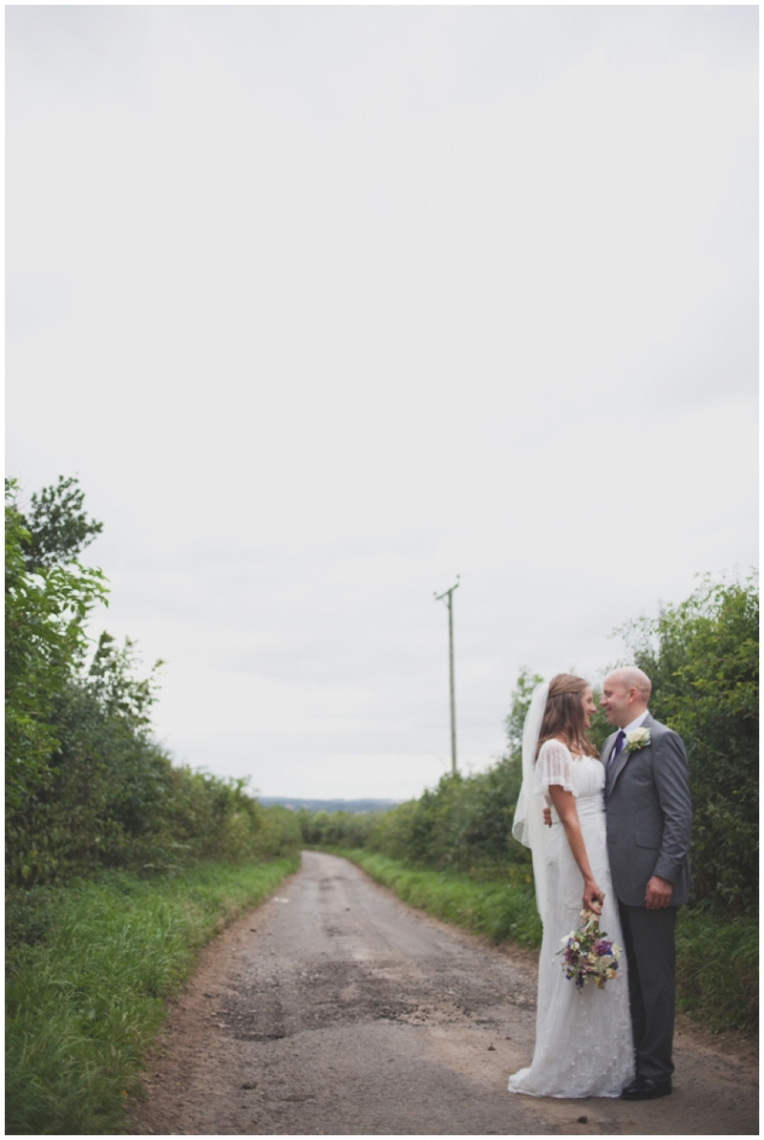 jacyln-tim-yorkshire-barn-wedding-9