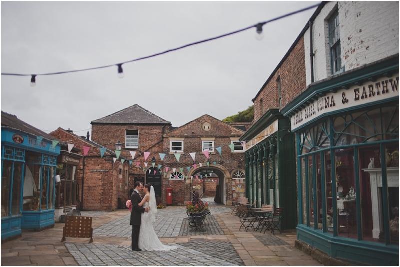 alernative-wedding-photographer-leeds-195